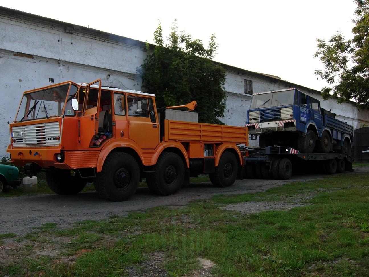 Převoz T813 6x6 TP